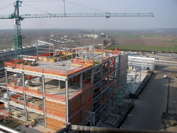 伊カッサーノ・スピーノラのロケット社敷地内に建設中の新工場、2012年第3四半期に操業開始予定 (写真提供 Reverdia: DSMBBPR001)