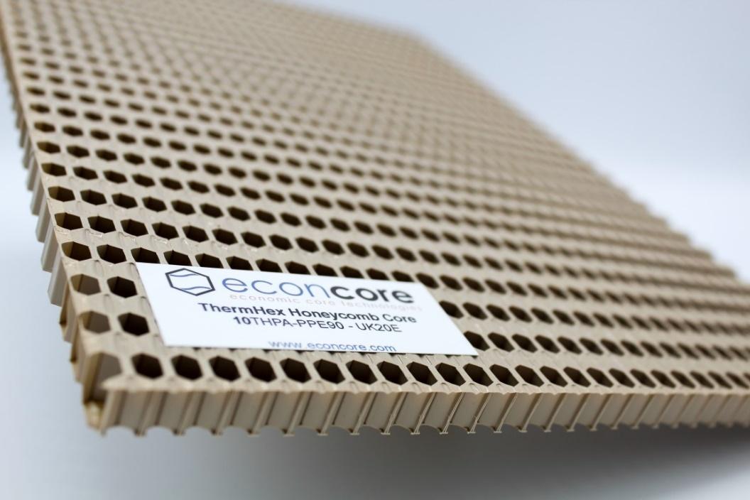 ECONCORE社がNORYL GTX樹脂を用いたハニカムコアを開発